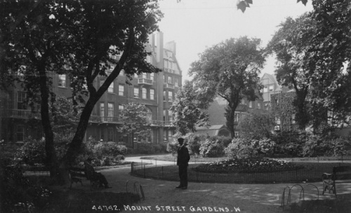 Mount Street Gardens in Mayfair, circa 1910. The Gardens are on the site of the old Mount Street Burial Ground. Image property of Westminster City Archives.