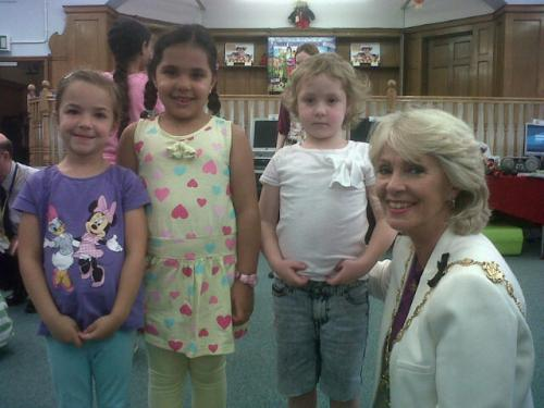 Lord Mayor of Westminster, Cllr Susie Burbridge, visits a Circus Stars event at Paddington Library