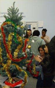 Decorating the tree at Paddington Library Fun Day