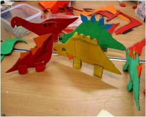 Dinosaur craft at Maida Vale Library, October 2013