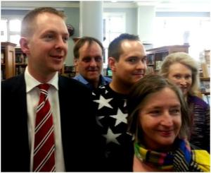 Cllr Steven Summers visits Mayfair Library