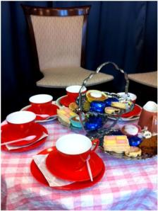 1950s tea with sara sheridan at Mayfair Library, May 2014