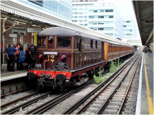 Electric loco Sarah Siddons at Hammersmith Station, August 2014