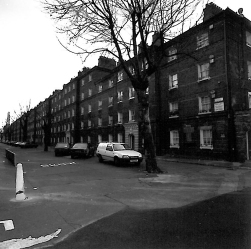 Trace 14135 [Peabody Estate from Sutherland St, 1989] Image property of Westminster City Archives