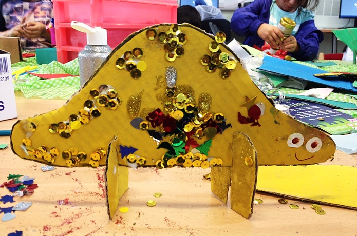 Record Breakers 2015: Make your own dinosaur event at Maida Vale Library
