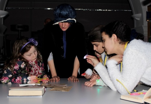 Discovering clues - Queen's Park Library sleepover, December 2015