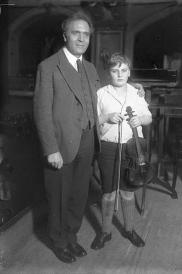 Yehudi Menuhin with Bruno Walter in December 1931