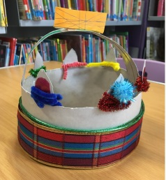 Crown making craft activity for the Queen's 90th birthday, Maida Vale Library, June 2016