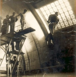 US paratroops training in full combat gear at Marshall Street Baths c1943-45. Image property of Westminster City Archives.