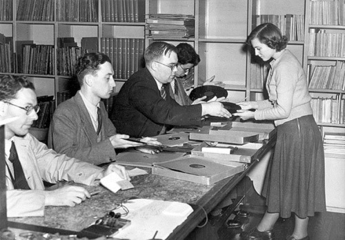 Gramophone records at Charing Cross Library, circa 1950s