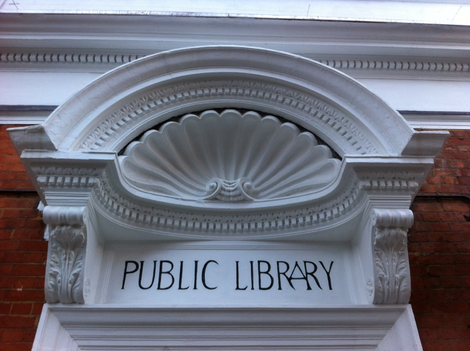 Queen's Park Library entrance